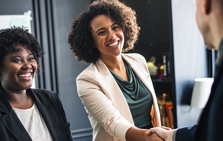 7 Ways to Use Marketing Automation Workflows | Everlytic | Automated email and SMS | black women | black businesswomen | handshake